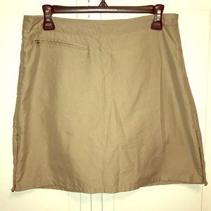 Patagonia skort/skirt tan zippers each side SZ 6